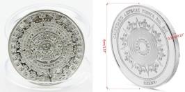 Сувенирная монета — календарь Майя в капсуле — стального цвета